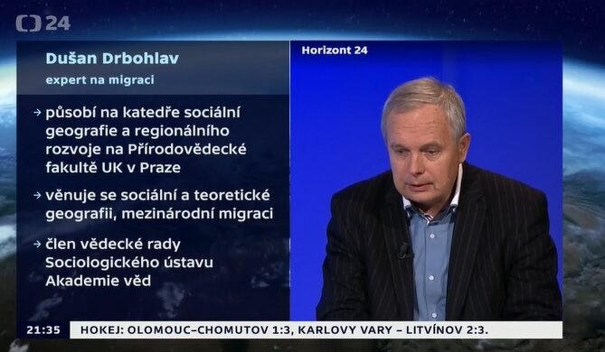 Dušan Drbohlav discussing migration to Spain on TV programme Horizont ČT24
